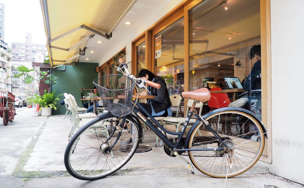 《東區》muchomucho咖啡館 不限時咖啡館 像家一樣自在! @陳小沁の吃喝玩樂
