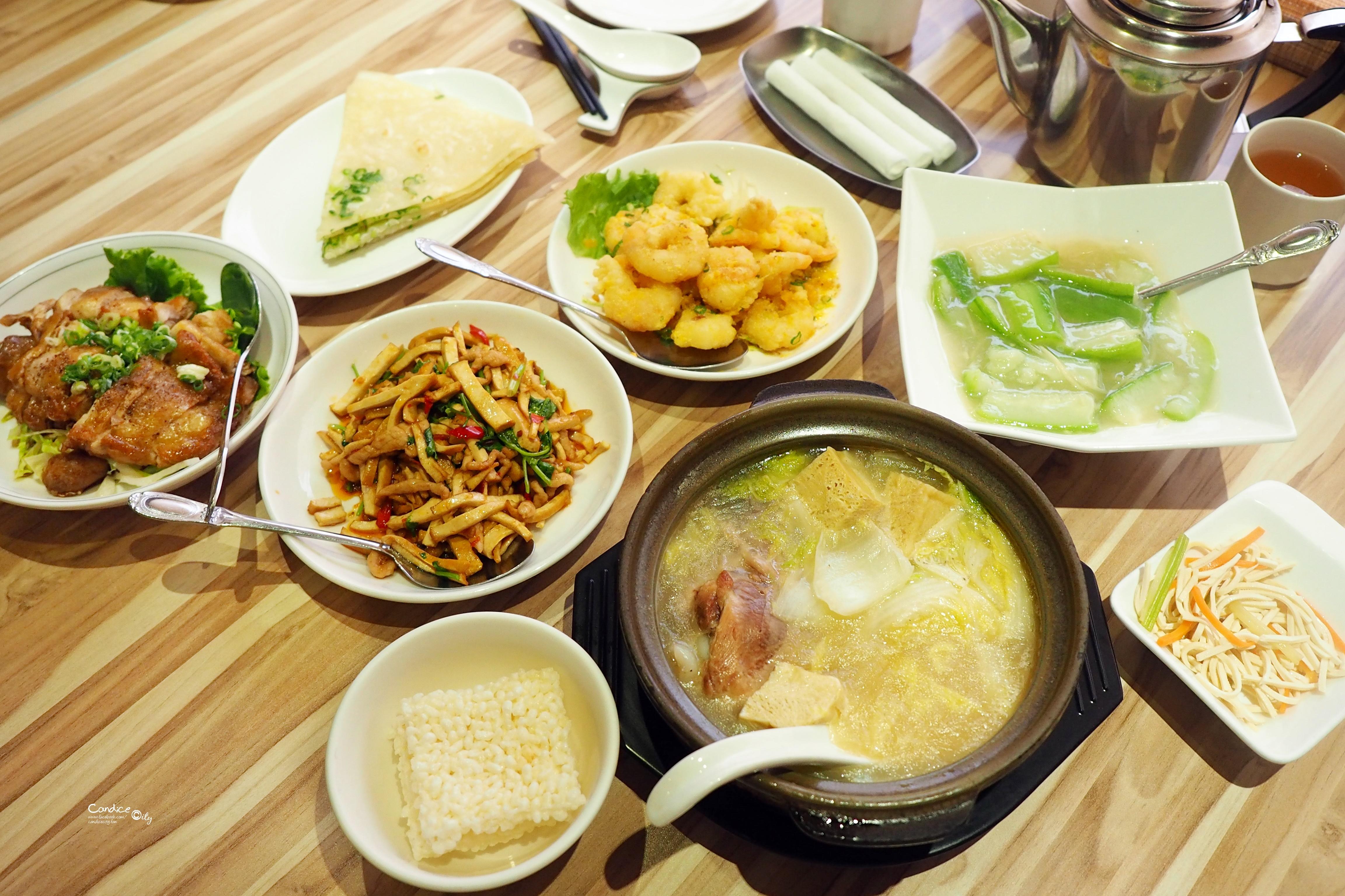 驥園雞窩餐廳|全台北最好喝的砂鍋土雞湯!(大安美食) @陳小沁の吃喝玩樂