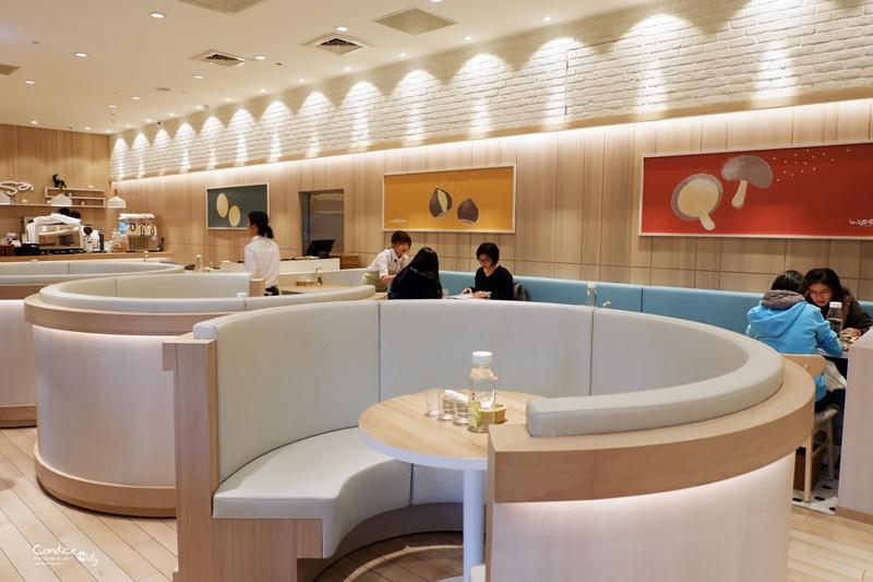 屋莎鬆餅屋 台北京站店|入口即化雲朵鬆餅+起司瀑布和牛堡(含菜單)