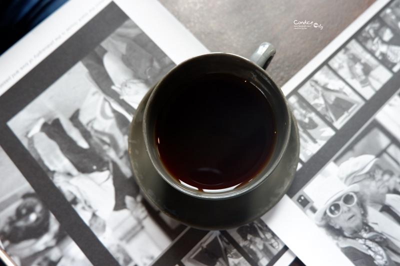 黑宅 Black House|宜蘭咖啡廳推薦,超人氣IG打卡宜蘭美食推薦!