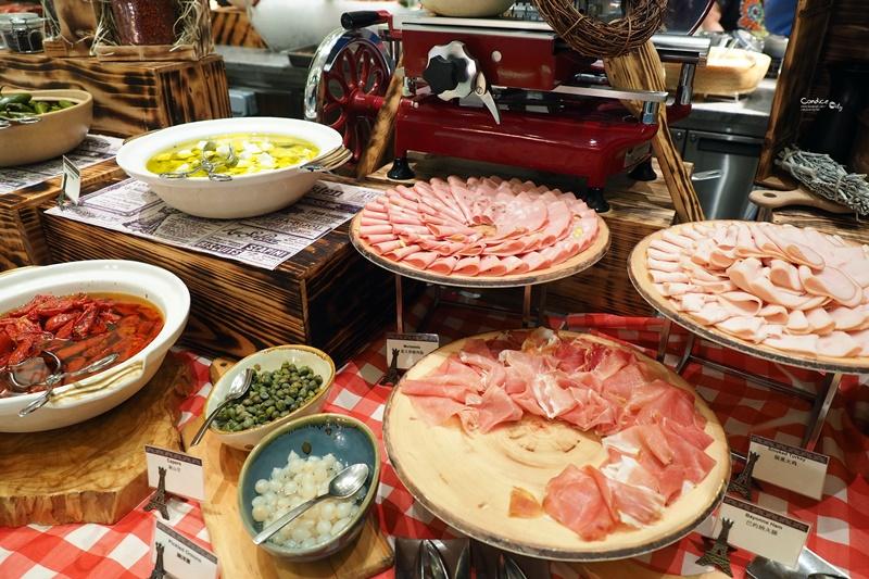 《澳門美食》巴黎人Le Buffet自助餐,我愛龍蝦鵝肝牛排,菜色好吃豐富!