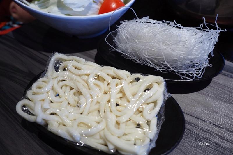 圓味涮涮鍋 內湖文德店|超可愛吸睛小熊牛奶起司鍋!