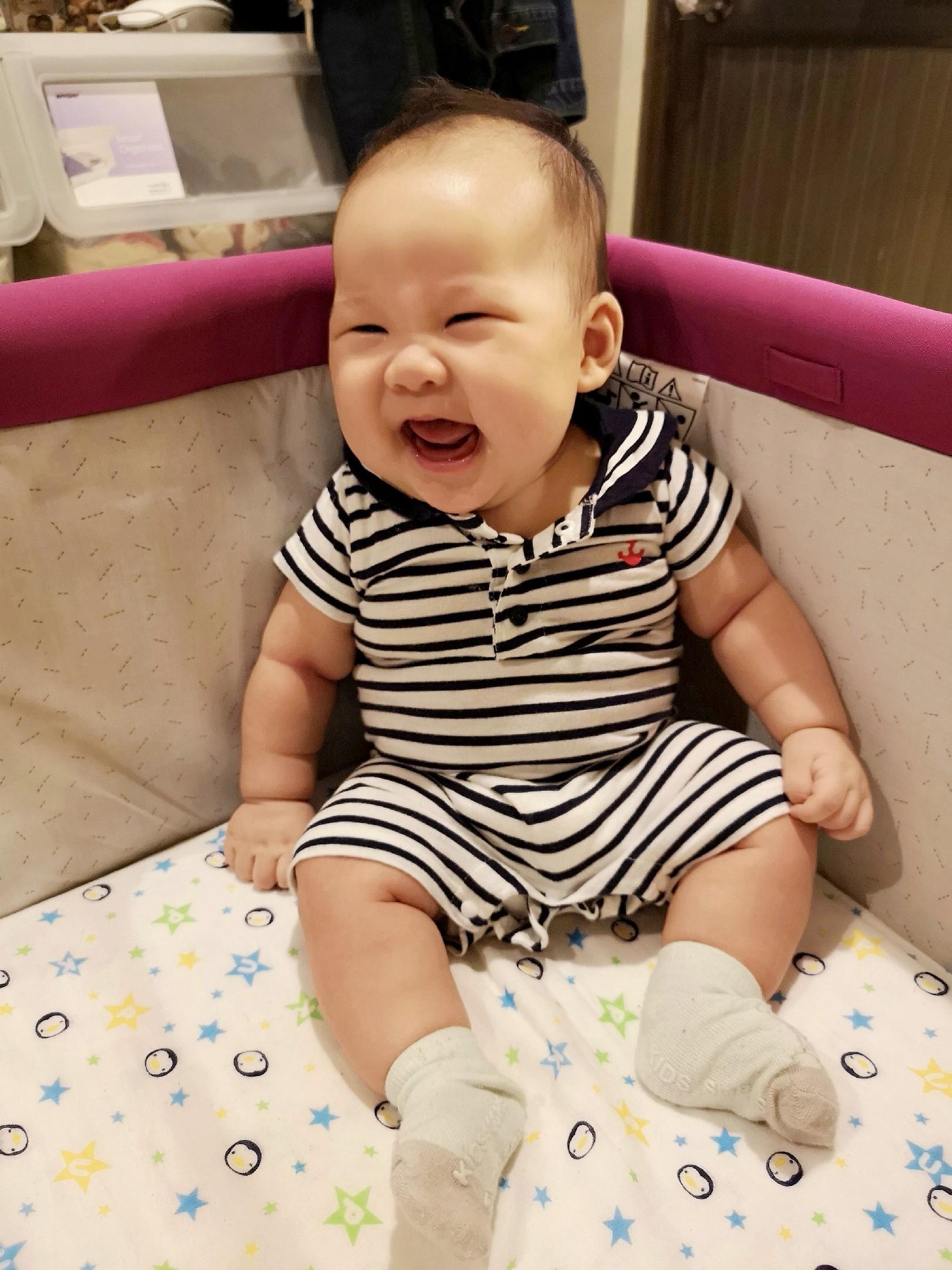 育兒紀錄♥這3個月以來…飛飛睡過夜!我又生了天使寶! @陳小沁の吃喝玩樂