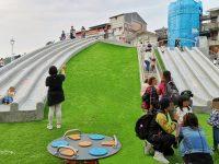 台北溜滑梯公園|汐止白雲公園,9道溜滑梯超過癮!環形盪鞦韆,還有沙坑喔! @陳小沁の吃喝玩樂
