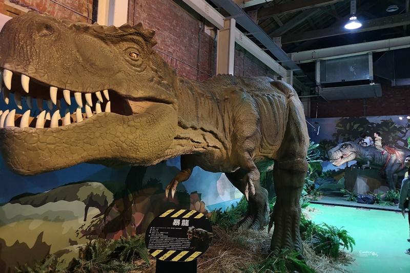 侏儸紀X恐龍樂園特展|台北華山互動有趣的侏儸紀展!還可搭探險車看恐龍展喔!