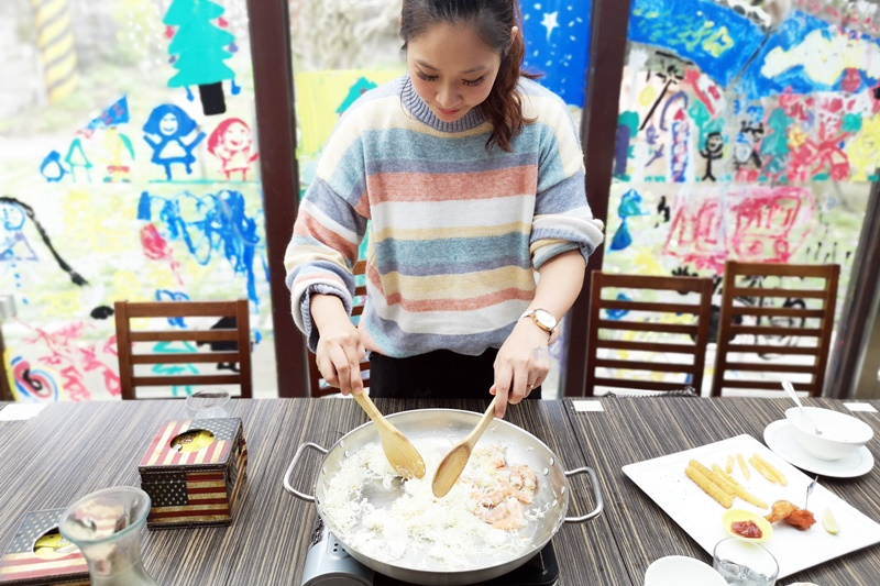 F103複合式餐飲|陽明山餐廳,特製火大飯好特別!陽明山親子餐廳!
