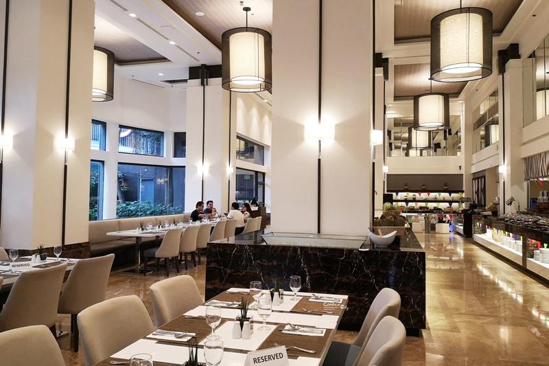 宿霧飯店推薦|Seda Ayala Center Cebu,高級飯店!旁邊是超好逛的Ayala Terraces Mall還有SPA24小時!