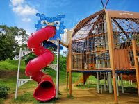 奧武山公園溜滑梯|沖繩溜滑梯公園推薦,超長溜滑梯!好幸福的沖繩小孩啊! @陳小沁の吃喝玩樂