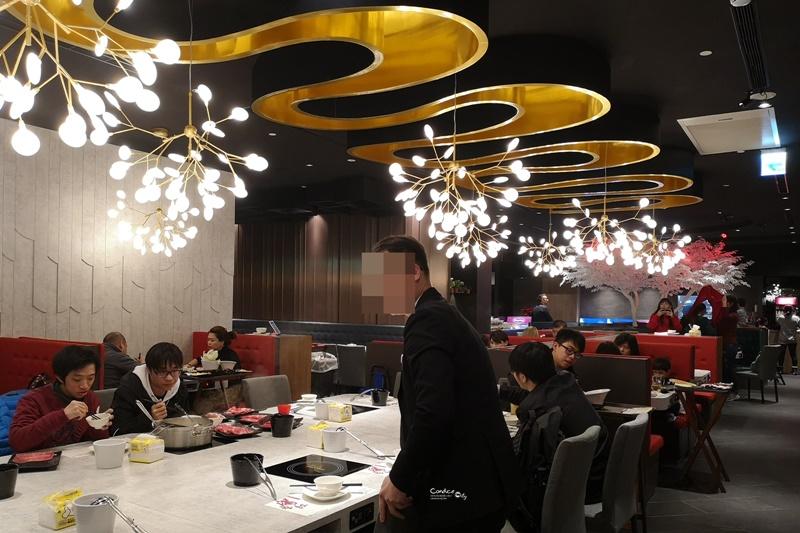 滿堂紅頂級麻辣鴛鴦鍋|台北BELLAVITA店,和牛吃到飽火鍋/麻辣鍋!