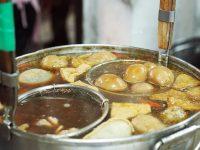 民生路意麵|台南無名意麵,沒有招牌卻超多人!滷味小菜是王道必點! @陳小沁の吃喝玩樂