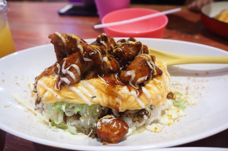 Taco Rice Cafe Kijimuna|沖繩必吃塔可飯,好吃的沖繩美國村美食推薦!