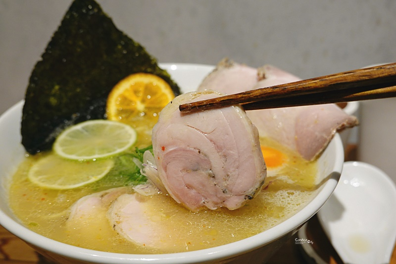 Soba Shinn & 柑橘|雞白湯柑橘蛤蜊拉麵超好喝的湯!東區拉麵