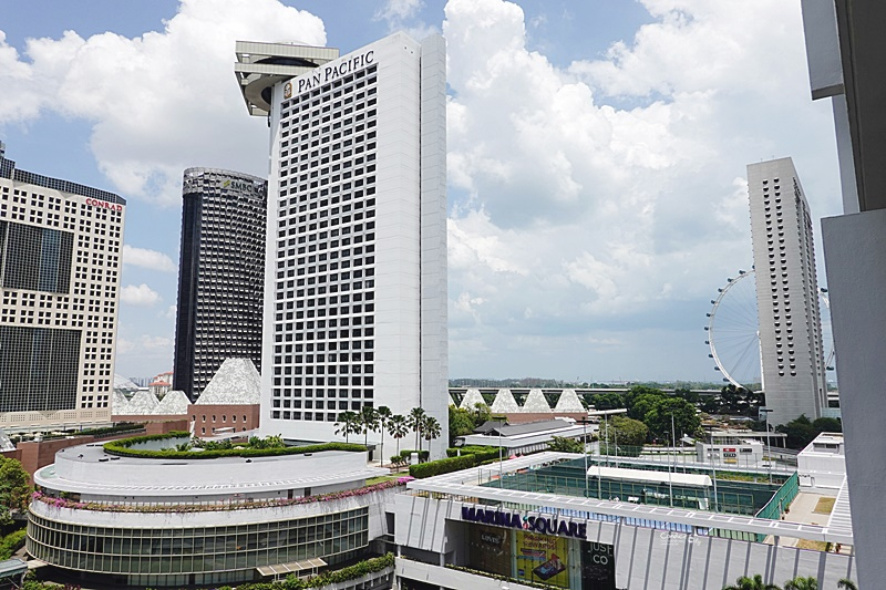 新加坡濱華大酒店|新達城旁,房內可看摩天輪夜景,位置超好的新加坡住宿推薦