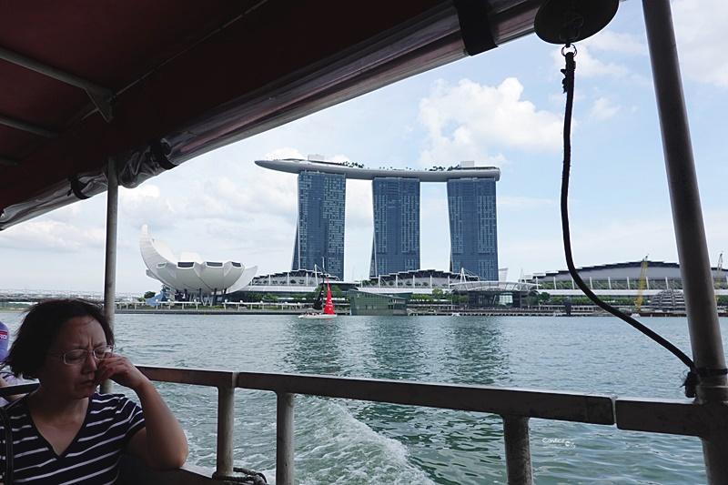 新加坡水陸兩棲鴨子船|認識新加坡最快方法,中文導覽預約攻略.新達城美食,財富之泉必去
