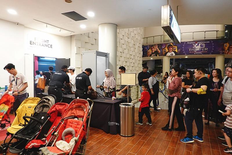新加坡摩天輪 Singapore Flyer|超美夕陽,夜景還可用餐!先買門票票價最便宜!