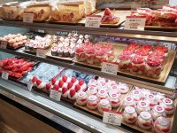 Strawberry Mania|大阪甜點!草莓冰淇淋必吃!還有超多草莓甜點喔! @陳小沁の吃喝玩樂