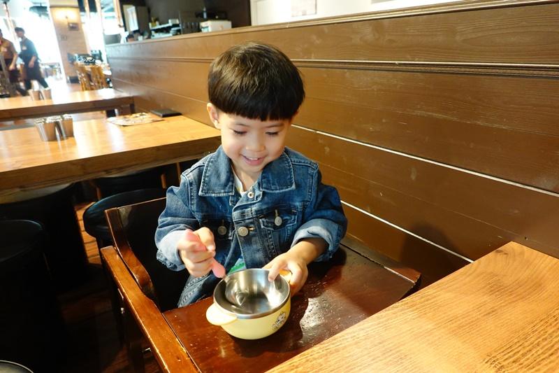 明月館 南港|中信園區想吃韓國料理就這間!辣炒豬肉好吃!中信美食