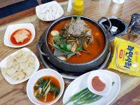《首爾美食》二代祖馬鈴薯排骨湯,弘大美食,24小時宵夜好棒! @陳小沁の吃喝玩樂