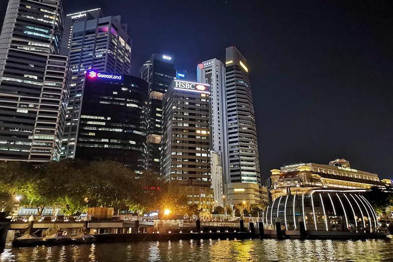 克拉碼頭遊船|超震撼夜景,行駛摩天大樓旁,一秒愛上新加坡的新加坡景點推薦