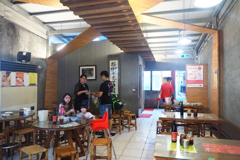 榕樹下米苔目|超好吃的米苔目,熱門排隊店!超夯台東美食!