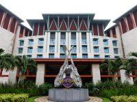 新加坡HARD ROCK飯店|聖淘沙飯店推薦,好美的音樂飯店,游泳池超讚! @陳小沁の吃喝玩樂