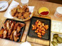 蕩蕩炸雞|濟州島有名炸雞,超夯鐵板烤雞,鐵板辣年糕超好吃(蓮洞美食) @陳小沁の吃喝玩樂