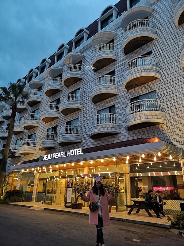 濟州珍珠酒店|濟州推薦住宿!位置超好,市中心,逛街1分鐘,房價不到1500!