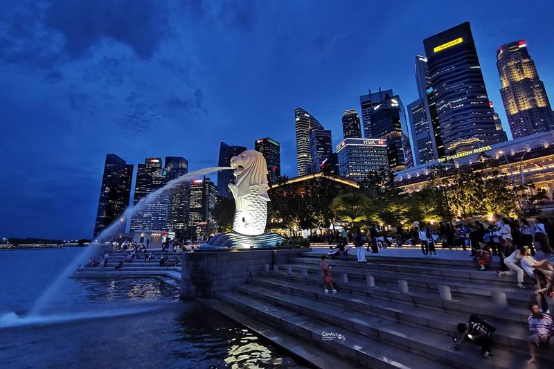 魚尾獅公園|魚尾獅媽媽,新加坡100間星巴克!新加坡景點(新加坡夜景超美!) @陳小沁の吃喝玩樂