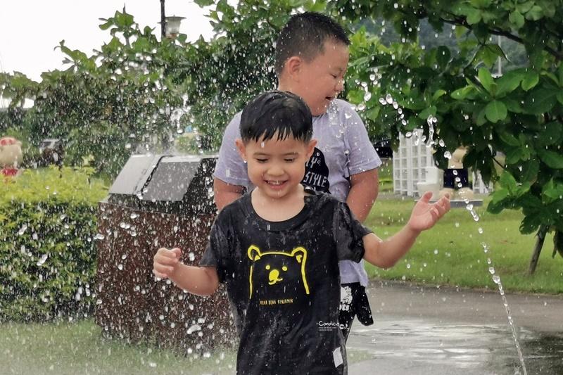 汐止星座公園|噴水池沙坑溜滑梯,台北免費親子景點(星光橋公園)