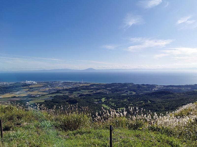 有珠山口纜車|搭乘纜車欣賞昭和新山美景,遠眺火山口洞爺湖!