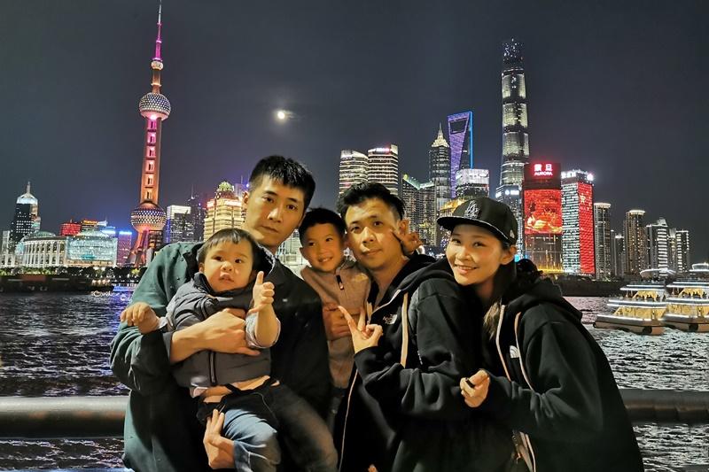 外灘|上海必去景點!超有FU壯觀一排外灘建築,遠眺東方明珠好漂亮!