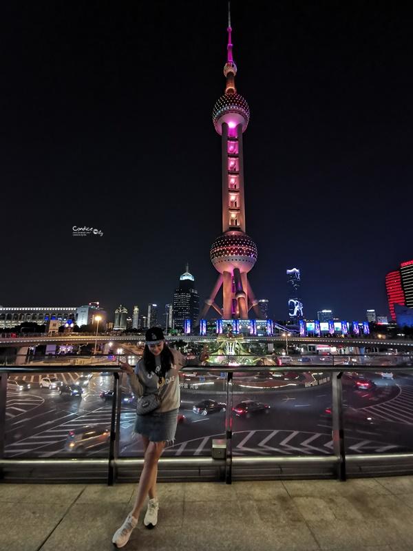 東方明珠塔|上海景點必去!透明觀光層,259M超高遠眺上海夜景!