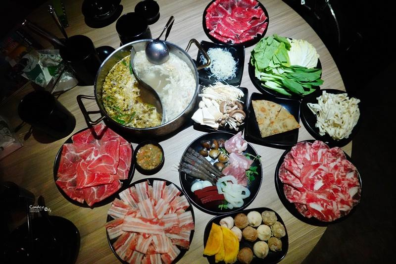 東北之家酸菜白肉鍋 青島店|台北酸菜白肉鍋吃到飽!還有青花椒鍋!