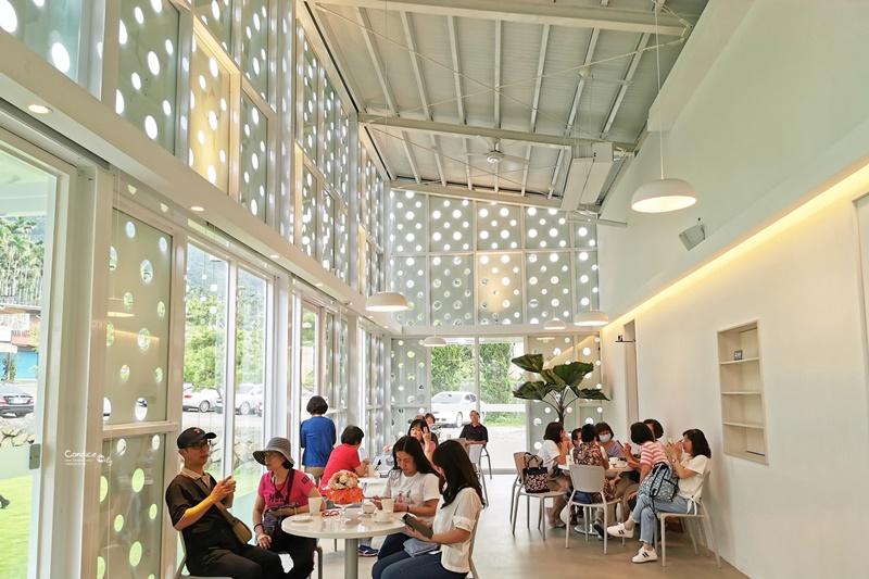 益品美術館|純白建築美術館,每日2~3點小提琴演奏!南投鹿谷景點!