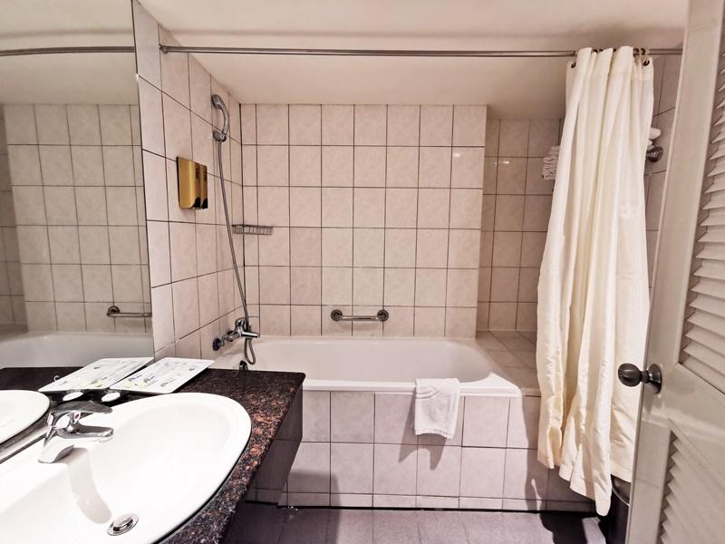 墾丁富麗敦飯店|CP值超高的便宜墾丁飯店!1300還有大泳池!