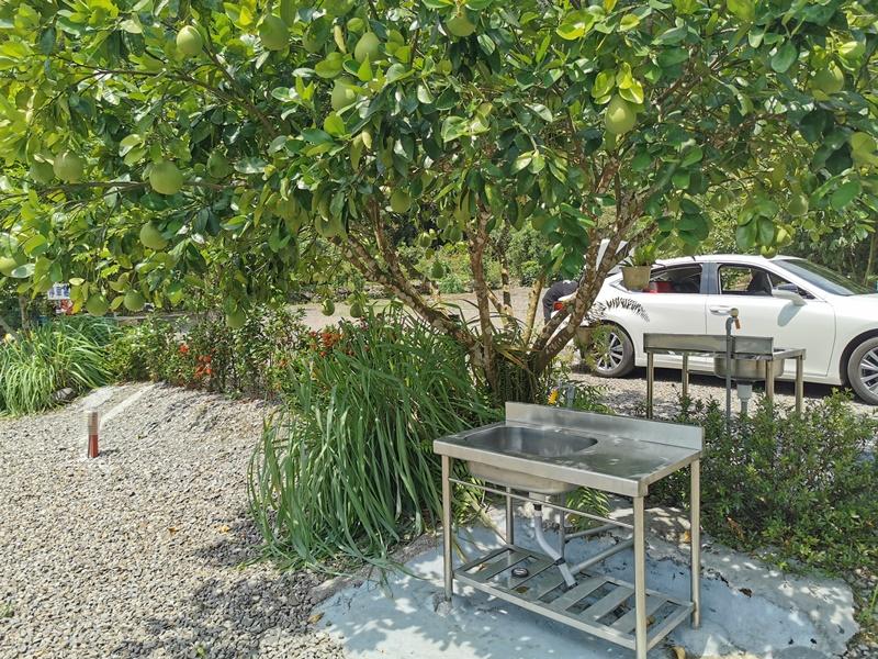 祕密基地露營區|宜蘭溪邊露營區,夏天露營去玩水/有雨棚/松羅步道旁!