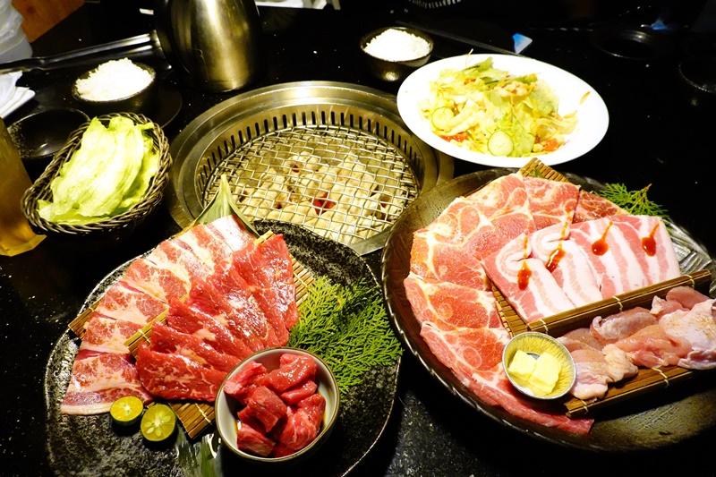 森森燒肉公益店|1580雙人套餐CP值高,肉品優的台中燒肉推薦! @陳小沁の吃喝玩樂