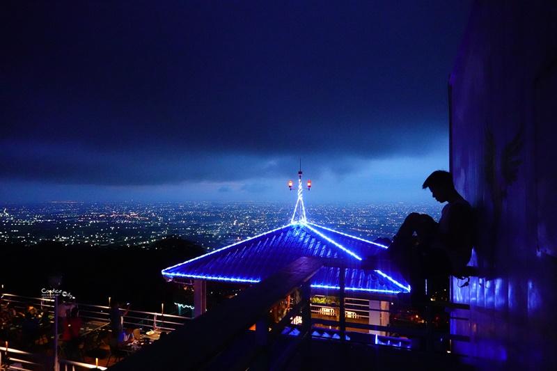 星月天空猴探井景觀餐廳|最最最喜歡的南投景點!看南投夜景超漂亮!