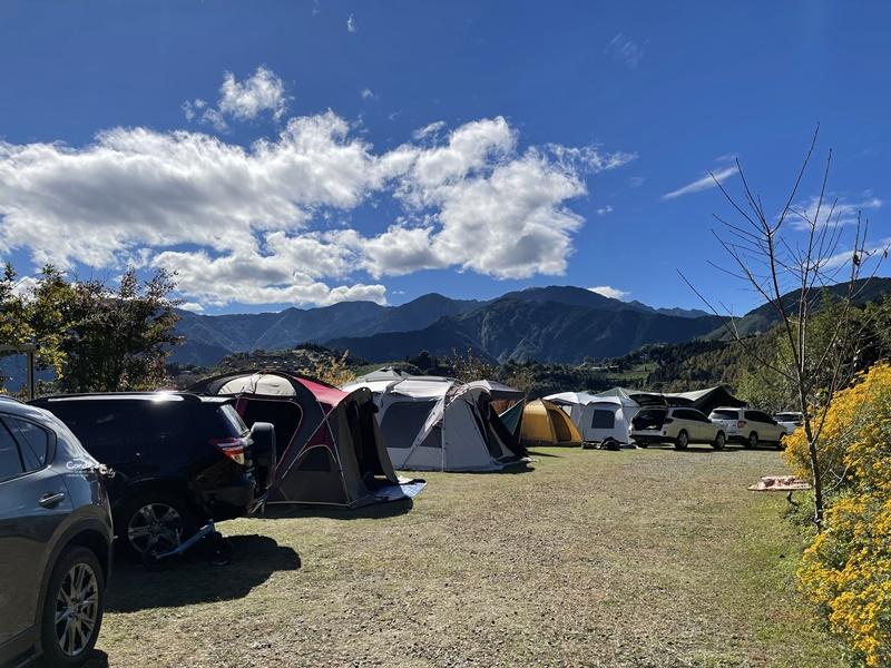 雲起露營區|邂逅雲海,新竹雲海露營區推薦!景超美路況佳!