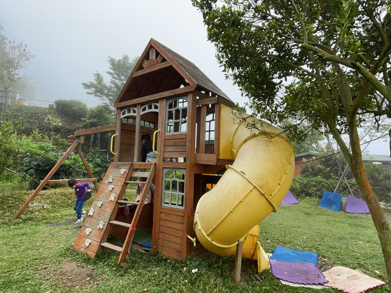 好自在露營區|兒童遊戲區/第一次夜衝/巧遇雲海/烏嘎彥竹林露營區!