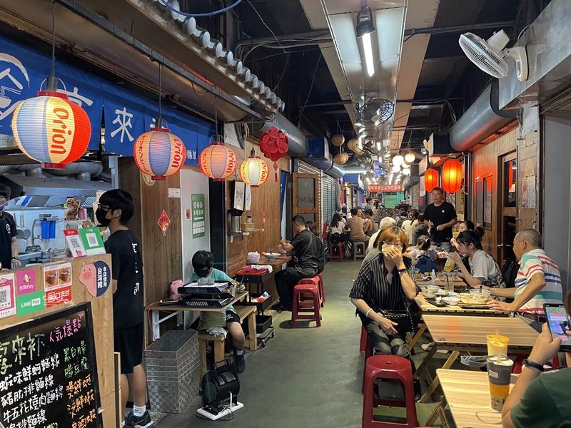 享來初|超吸睛蝦味鮮蚵麵線!海鮮超新鮮!新竹東門市場美食!