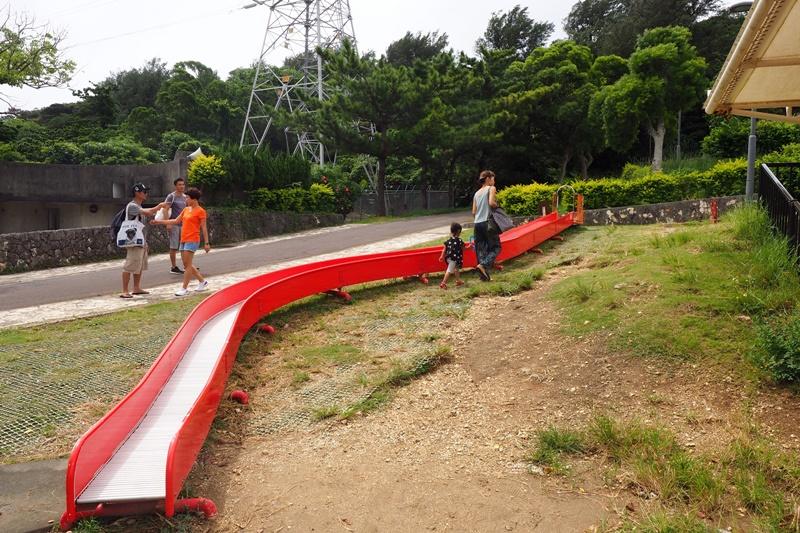 浦添大公園|超長溜滑梯之沖繩溜滑梯公園推薦!小孩玩到瘋!
