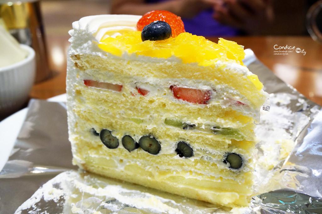 【大阪自由行】HARBS(大丸心齋橋店) 必吃甜點美食:水果千層蛋糕超厲害!